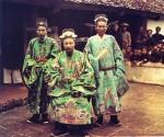 Đây là bộ ảnh màu hiếm có về người Việt Nam cách đây 100 năm. Mời các bạn chiêm ngưỡng