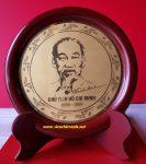 Tranh đĩa để bàn Chân dung Hồ Chủ Tịch-QT08