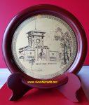 Chợ Bến Thành, tranh đĩa đồng để bàn-QT10