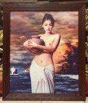 Cô gái ôm lu,tranh in dầu ép foam -V18
