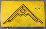 Khuôn dập góc hoa văn-X228