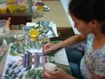 Chất liệu đá quý được dùng làm tranh