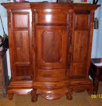 Tủ thờ không chạm gỗ cẩm lai